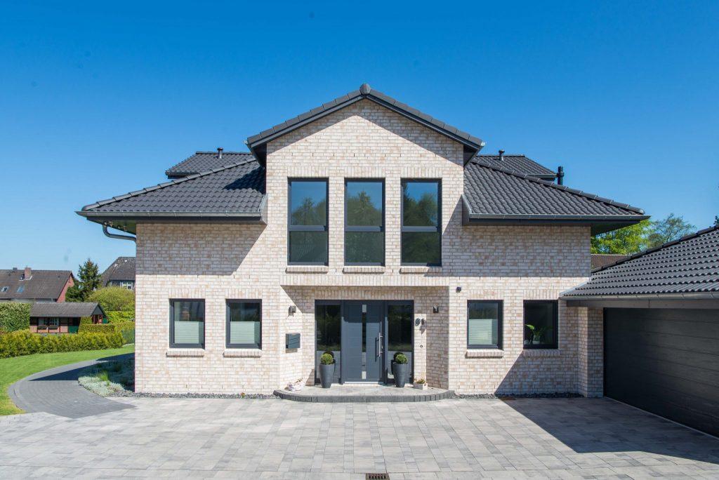 projekte-Stadthaus mit Kapitaensgiebeln-29